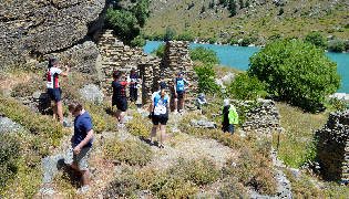 Gold Mining Ruins Doctors Point Roxburgh Gorge
